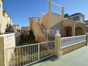 Townhouse in Rental in  Torrevieja, Alicante