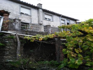House in Rental in  Bazal, Lugo