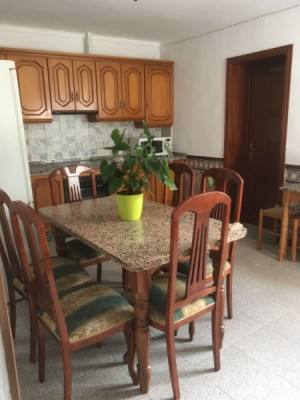 Townhouse in Rental in  El Rinconcillo, Córdoba